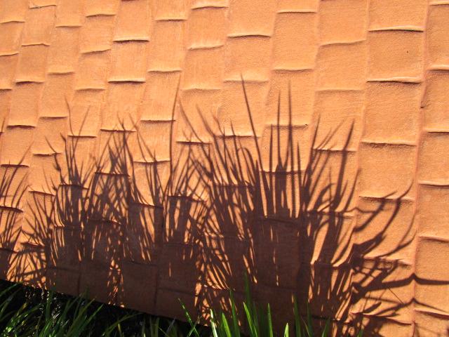 grassshdwbrick